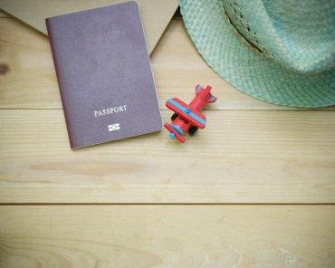 close-up-desk-hat-indoors-346798-min