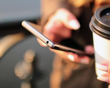 coffee-contact-email-hands-4831-min